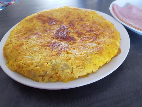 Gâteau de courgette au curry et au parmesan